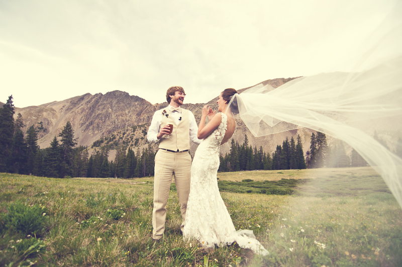 Colorado Wedding Photographer | LeahAndMark.com | Vintage | Mode