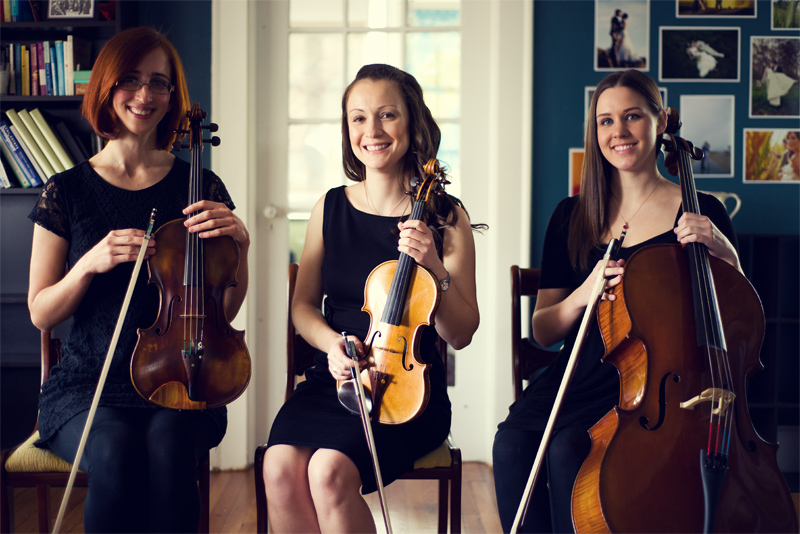 Luna Strings | Dining Room Performance