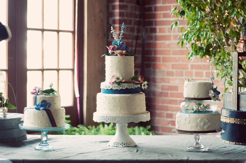 Wedding-Cakes-LeahAndMark-0005