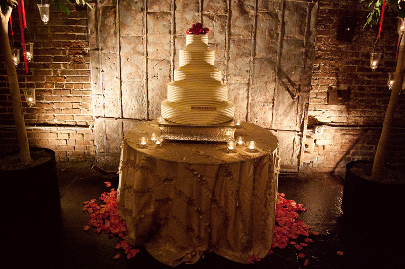 Wedding-Cakes-LeahAndMark-0011