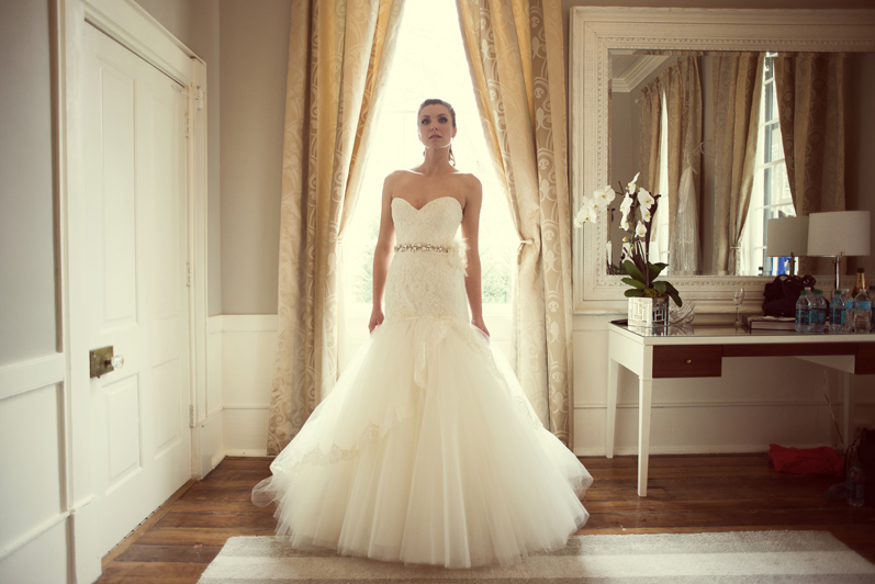 Wedding-Dresses-LeahAndMark-0012