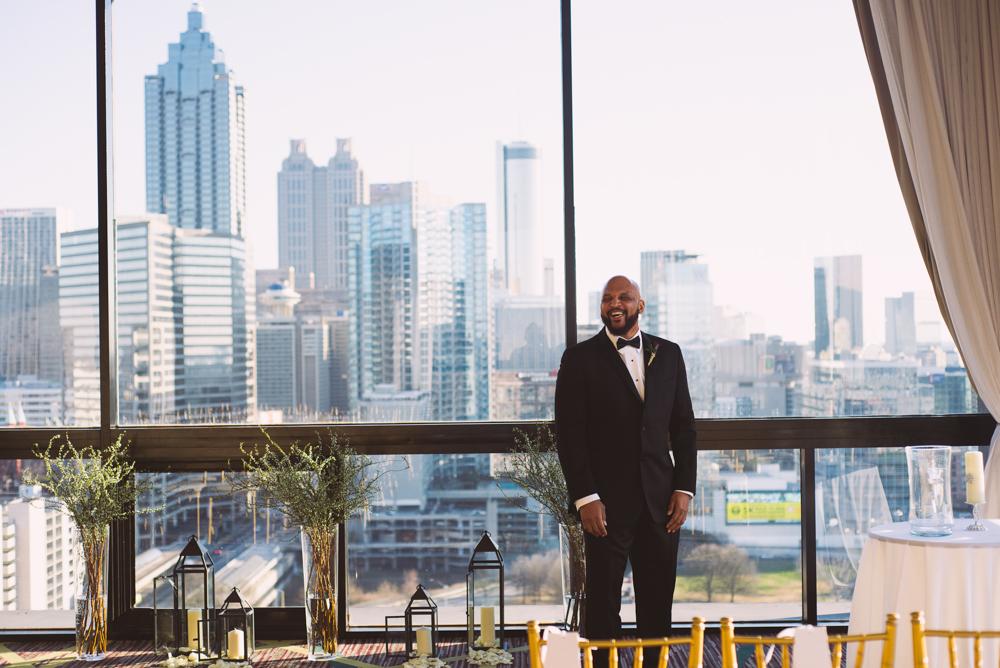 Atlanta Wedding Photographer | LeahAndMark & Co. | Crowne Plaza Midtown