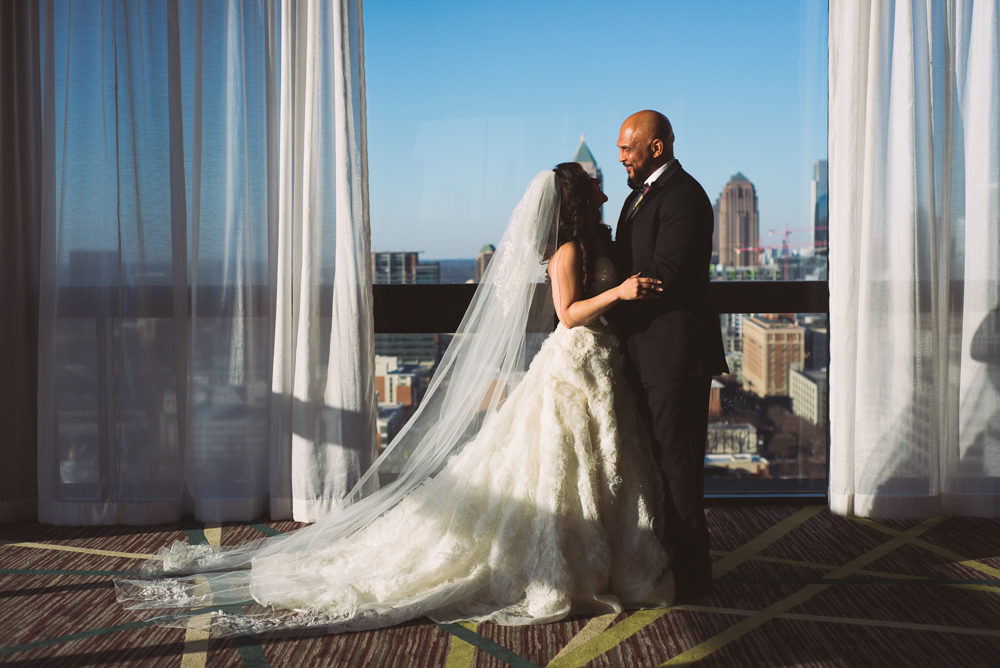 Atlanta Wedding Photographer | LeahAndMark & Co. | Crowne Plaza Midtown