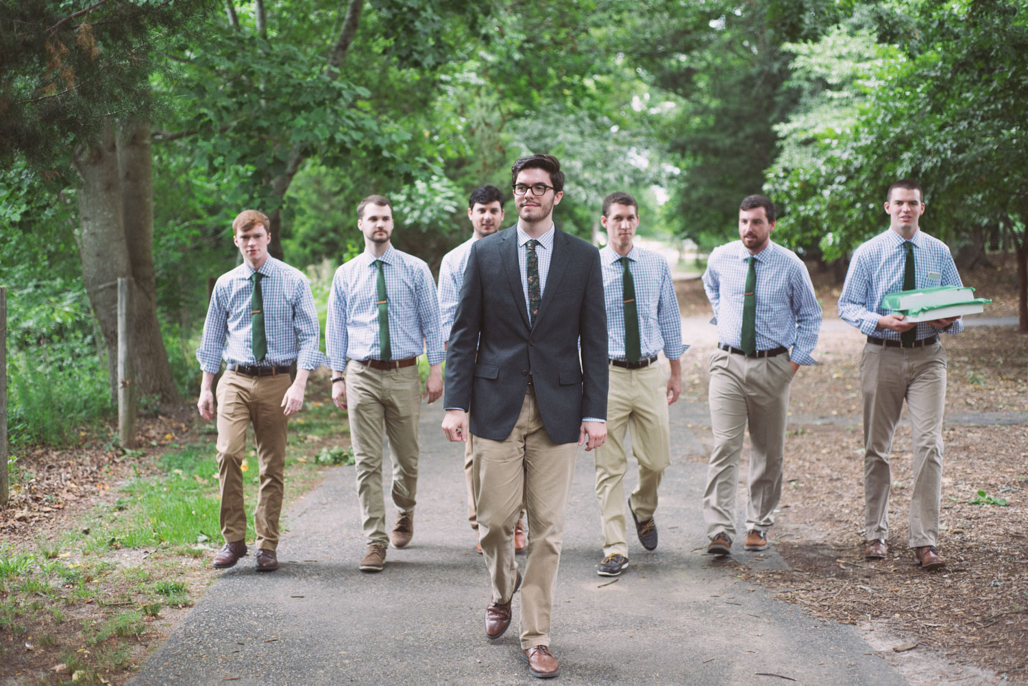 Planning for the Groomsmen Getting Ready Photos | Vlog