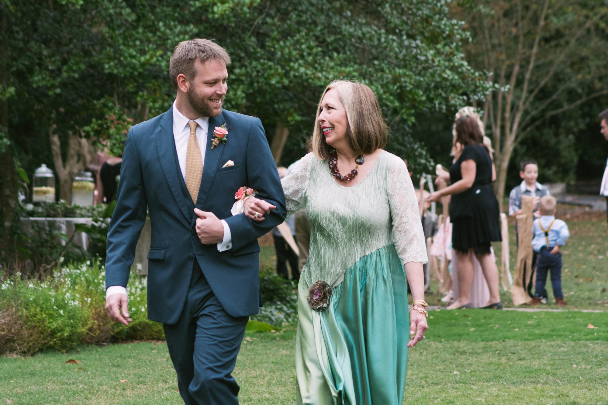 Atlanta; Wedding; Cator Woolford Gardens; Photographer; LeahAndMark & Co.; Outdoor; Fall Wedding; Summer Wedding; Green; Nature; Traditional