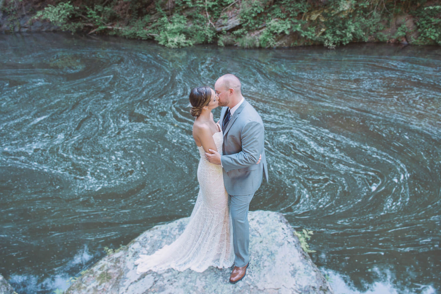 Hightower Falls Wedding Venue in Cedartown, Ga.