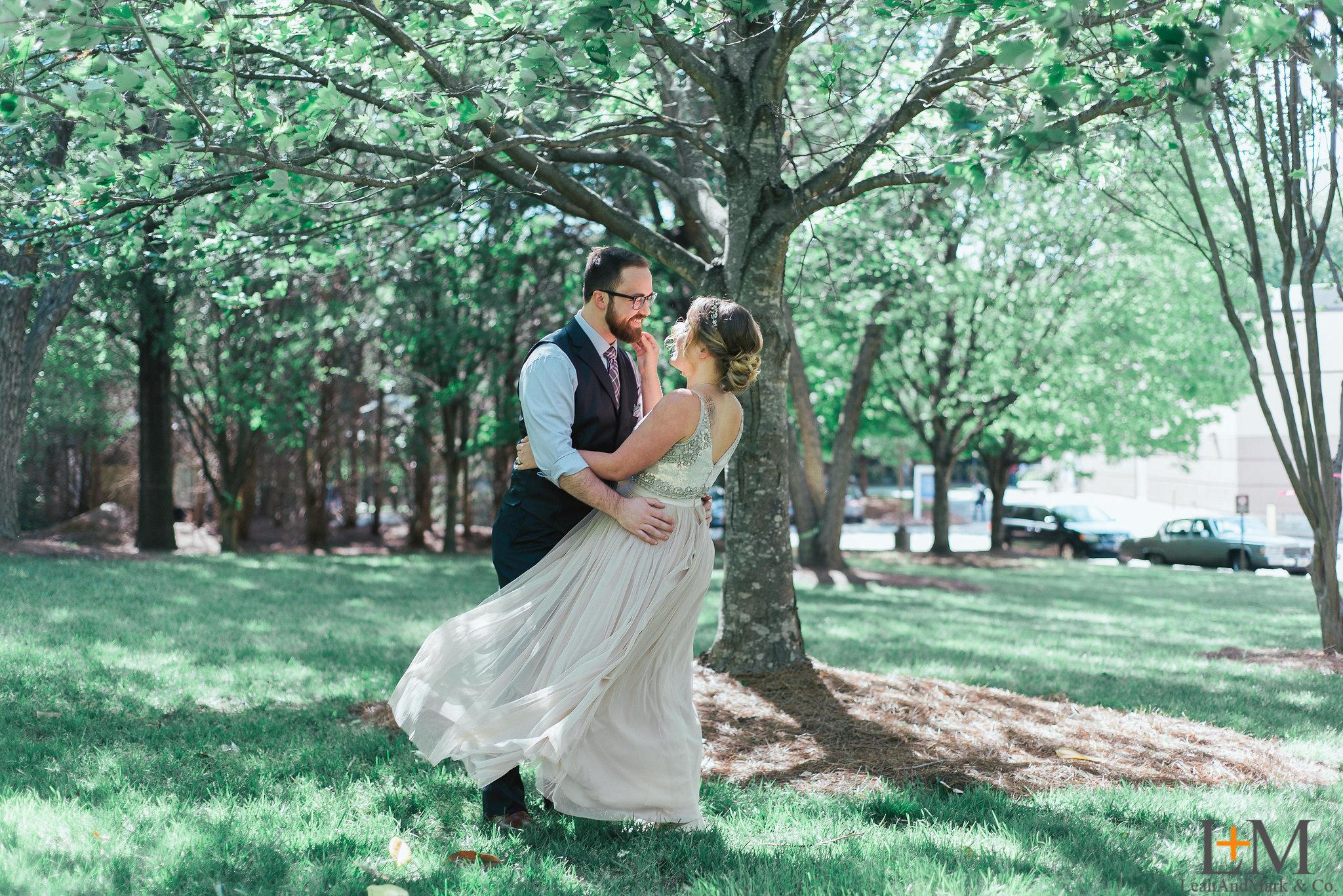 Simple & Intimate Decatur Square Weddings